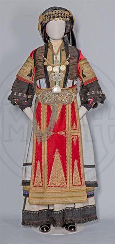 Benaki Museum, Folk Fashion, Historical Costume, Samurai, Greece, Textiles, Costumes, Traditional, Dresses