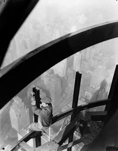 Man on girders, Empire State Building, c. 1931.