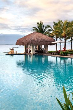 Talk about a pool with a view. #Philippines