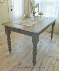 Mimi's Vintage Charm: Farmhouse Table in French Linen Chalk Paint Cabin,DIY Furniture,Dream House,The Cottage, Painted Farmhouse Table, Painted Kitchen Tables, Vintage Farmhouse, Chalk Paint Table, Chalk Paint Furniture, Chalk Painting, Shabby, Kitchen Table Makeover, Furniture Makeover