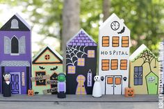 How to Paint a DIY Halloween Village set for spooky table or window decor. Halloween Village with peg dolls, cemetery and pumpkins. Diy Halloween Village, Halloween Food Crafts, Halloween Rocks, Halloween Miniatures, Halloween Displays, Halloween Doll, Halloween House, Halloween Cards, Fall Halloween