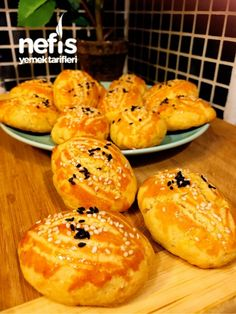 Most of the most popular bags do not meet a certain aesthetics this season. Ham And Egg Sandwich, Mincemeat Pie, Bread Dough Recipe, Tea Time Snacks, Mince Meat, Homemade Cake Recipes, Middle Eastern Recipes, Turkish Recipes, Food And Drink