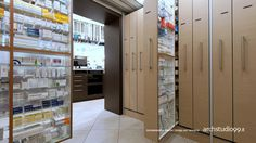 Pharmacy interior design solutions by ARCHSTUDIO99 - Siracusa (Sicily) Tel +39.0931 757801 info@archstudio99.it www.archstudio99.it