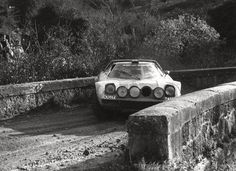 Stratos, mud, small track in love