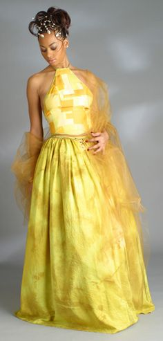 """Living your life like its """"Golden"""" . Great for Second wedding Or bridesmaid. African Inspired Fashion, Africa Fashion, Wedding Dress Cake, Wedding Dresses, African Wear, African Style, African Wedding Dress, African Design, African Beauty"""