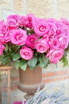 Vibrant Pink Rose Centerpiece!