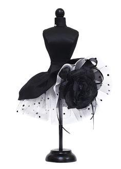 статуэтка мини-манекен в интерь Couture Fashion, Fashion Art, Fashion Design, Pretty Dresses, Beautiful Dresses, Creation Couture, Vestidos Vintage, Mode Vintage, Sheer Fabrics