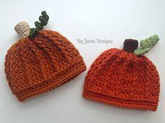 Free Crochet Pattern: Newborn Pumpkin Beanie Hat  - http://byjennidesigns.blogspot.com/2015/09/newbornpumpkinhat.html