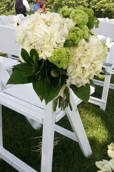 Beautiful pew flowers