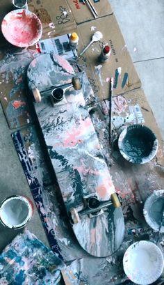 Painted Skateboard, Skateboard Deck Art, Penny Skateboard, Skateboard Design, Skateboard Girl, Skate Photos, Skate Art, Cool Skateboards, Skate Decks