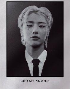 K Pop, Idol 3, Rapper, Kpop Gifs, Love Me Harder, Id Photo, Hello My Love, School Photos, New Poster