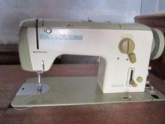 Bernina Favorit 740 in a cabinet