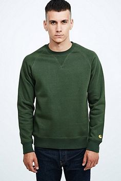 Carhartt Chase Sweatshirt in Green - Urban Outfitters