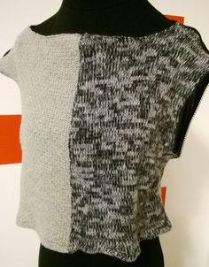 Sleeveless Crop Top with wool on the front and light black fabric on the back. Completely Handmade! di RCClo su Etsy