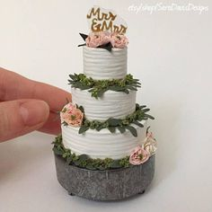 this company will turn your wedding cake into an ornament 30