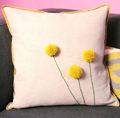 Pom pom pillow - Ponpon çiçekli kırlent yapımı