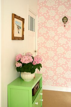 pink Cath Kidston wallpaper