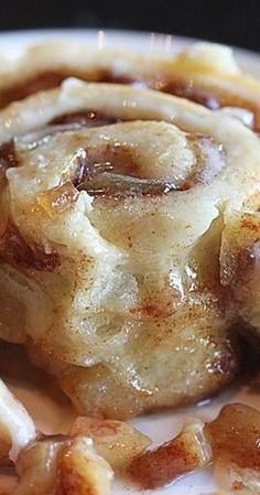 Apple Pie Cinnamon Rolls - The Hopeless Housewife®