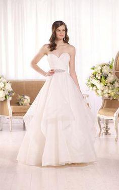 Bridal Boutique, Essense D2094