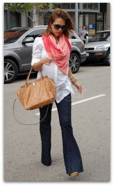 Celeb Maternity Outfit