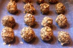 Almond-Coconut Energy Bites (Oh My!) Raw Almond-Coconut Energy Bites (Oh My!)Raw Almond-Coconut Energy Bites (Oh My! Healthy Desserts, Raw Food Recipes, Snack Recipes, Cooking Recipes, Healthy Recipes, Diet Desserts, Smoothie Recipes, Cooking Tips, Raw Energy