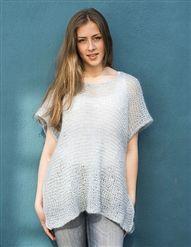 101 Løststrikket poncho - Køb billigt her Knitting Patterns Free, Free Knitting, Peplum, Ruffle Blouse, Poncho Shawl, Diy Fashion, Bling, Crochet, August 2014