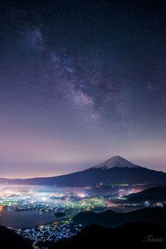 Milkyway and Mt.Fuji