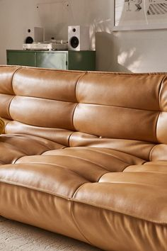 5 Mistakes To Avoid When Buying A Sofa. When buying a sofa, it is confusing with the sheer variety of colours, materials and styles, not to mention the different levels of quality and rates. Capitone Sofa, Reema Floor Cushion, Design Ppt, Design Websites, Design Ideas, Modular Sofa Bed, Sofa Beds, Fold Down Beds, Bedroom Decor