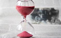 壁紙をダウンロードする 砂時計, 赤砂, 時間概念, クロック, 新聞