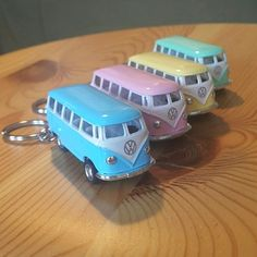 1962 Volkswagen Bus 4 keychains 1962 Volkswagen Bus keychain Baby yellow, Baby green, baby blue, baby pink bundle SCALE DIE cast metal and plastic parts Pull back action Official licensed product Please also check my other items! Sold as bun Cool Keychains, Cute Keychain, Mini Things, Cool Things To Buy, Volkswagen Bus, Volkswagen Beetles, Vw Camper, Cute Car Accessories, Mini Craft