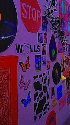 Indie Bedroom, Indie Room Decor, Cute Bedroom Decor, Room Design Bedroom, Aesthetic Room Decor, Room Ideas Bedroom, Chambre Indie, Chill Room, Neon Room