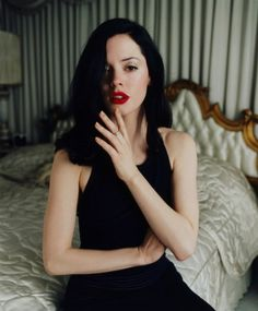 Rose McGowan. i can hardly look at photos of her...shes so perfect.