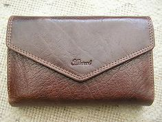 Bought this leather Ashwood purse today from TK Maxx. RRP £35, got it for £7! And the colour exactly matches my new handbag.