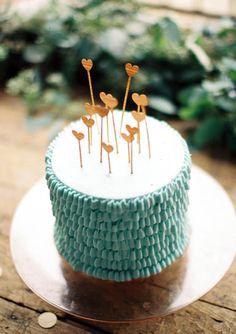 aqua [ cake with adorable gold heart cake toppers! Pretty Cakes, Cute Cakes, Beautiful Cakes, Amazing Cakes, Aqua Wedding Cakes, Cake Wedding, Cake Cookies, Cupcake Cakes, Aqua Cake