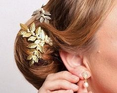 A miniature version of our Laurel Headpiece which will also add a subtle flourish to your wedding day hair style. Hand pressed golden leaves with tiny pearls. Pearl Drop Earrings, Pearl Bracelet, Clip On Earrings, Fancy Hairstyles, Pearl Hair, Swarovski Pearls, Wedding Hair Accessories, Rustic Style, Ear Piercings
