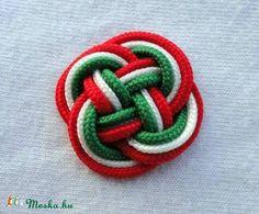 Meska - Kokárda moncili kézművestől Paracord, Hair Bows, Diy And Crafts, Embroidery, Crochet, Creative, Hungary, Easter, Play