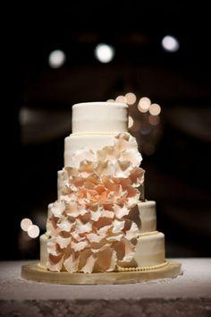 casading flower cake