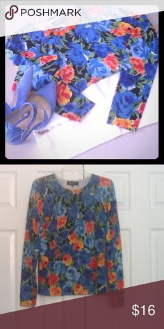 💙Gorgeous floral long sleeve top💙 💙Gorgeous floral long sleeve top💙colors are beautiful💙only worn once💙will throw in the necklace if you want it😍Great for spring🌞 Jones New York Tops
