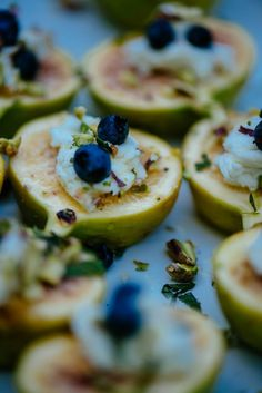 #Figs #Goat_Cheese #Pistachios #Blueberries