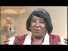 Unita Blackwell (civil rights activist, first African American woman to be elected mayor of Mississippi) born in Lula, Mississippi, USA on March 18, 1933. * ☉ Sun in ♓ Fargh Althani P.1. * ☿ Mercury ℞ in ♓ Fargh Althani P.3. * ♀ Venus in ♒ Fargh Awwal * ♂ Mars ℞ in ♌ Al Jabha P.4. * ♃ Jupiter ℞ in ♌ Al Zubra P.4. * ♄ Saturn in ♑ Sa'd Bula P.3. * ☊ True North Node in ♒ Sa'd Akhbiya P.3. * ☋ True South Node in ♌ Al Zubra P.1. (Chitra Paksha's sidereal delineations)