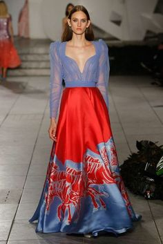 Carolina Herrera Spring/Summer 2018 Ready To Wear | British Vogue