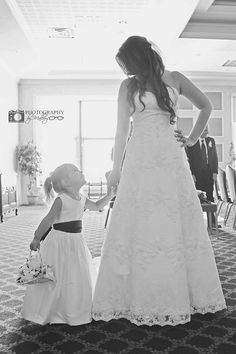 Photography by Mallory | bride and flower girl, wedding photography