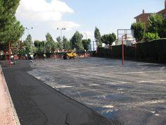 asfaltado pista deportiva soluasfalt Pista, Sidewalk, Activities, Sports, Walkway, Walkways