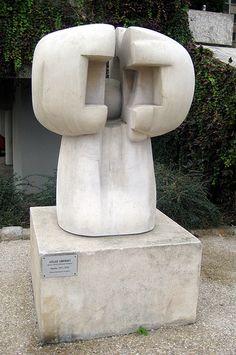 Musèe de Sculpture de Plein Air de La Ville de Paris - Aglae Liberaki's Abellio.. Paris 5ème