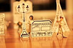 Estéfi Machado: Paris a seus pés! * uma cidade de cartolina no chão da sala