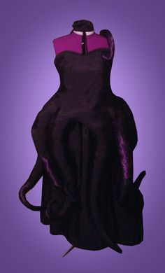 This is great! It looks like almost the exact fabric I used for the tentacles!! --- Ursula Inspired Costume