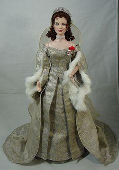 Czarina Alexandra 1:12 inch Miniature Porcelain Dolls