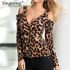 Fashion Sexy Slim Leopard Print Deep V Neck Long Sleeved T-Shirt Blouse Clothes For Women In 20's, Blouses For Women, T Shirts For Women, Casual Skirt Outfits, Trendy Outfits, Outfit Jeans, Shirt Outfit, Modelos Fashion, Animal Print Fashion