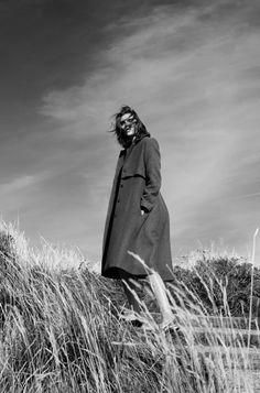 elle croatia, january, 2015, model, alison nix, djamel boucly, photographer, green, fields, grass, ocean , cliff, editorial, knitwear, winter, oracle fox, oracle, fox