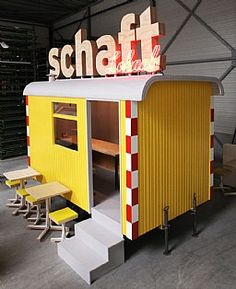 Floor likes this mobile food bar! Mobile Food bar : Rick Smeenk - Interieurbouw | Standbouw | Meubelspuiterij